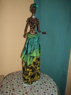 Hermosas Negras Africanas Artesanales En Masa Flexible - BsF 2.000,00 en MercadoLibre African Dress, African Art, African American Dolls, Clay Art, Paper Dolls, Amazing Women, Decoration, Ideas Creativas, Inspiration