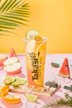Passing Studio on Behance - Drink - Passed Studio on Behance - Food Poster Design, Food Design, Drink Menu, Food And Drink, Photo Food, Candy Drinks, Drink Photo, Fruit Tea, Drink Dispenser