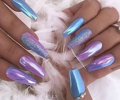 Chrome nail is a popular nail art design in recent years. Chrome nails use the latest technology. They use some gold or silver or other metallic colors to make them look metallic. Have you tried Chrome nail art designs before? Nail Art Designs, Purple Nail Designs, Acrylic Nail Designs, Nails Design, Design Art, Acrylic Art, Design Ideas, Solid Color Nails, Nail Colors