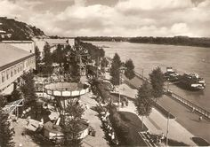 Park PKO s Lunaparkom -už len spomienka Bratislava, Places Of Interest, Prague, Geo, Postcards, Nostalgia, Times, Park, Country