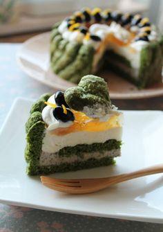 Black bean and green tea cake