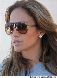 These stylish sunglasses have the best design. These sunglasses are dark and pristine. Aviator sunglasses for women are a very popular choice amongst today's celebrity. Check out this shell framed brown tinted glass.