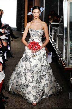 Colecci�n Carolina Herrera para novias 2010