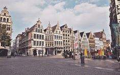Download wallpapers Antwerp, square, old houses, old architecture, beautiful city, Belgium