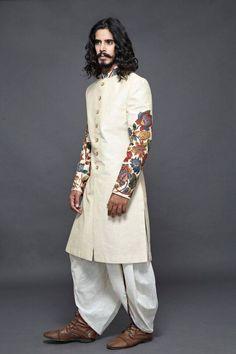40 Top Indian Engagement Dresses for Men Mehndi Dress For Mens, Mehndi Outfit, Engagement Dress For Groom, Engagement Dresses, Indian Men Fashion, Muslim Fashion, Ethnic Fashion, Groom Fashion, Men's Fashion