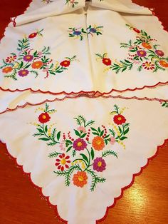 Vintage Traditional Hungarian Tablecloth hand made