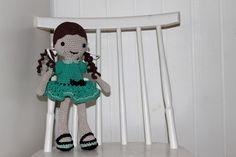 crochet amigurumi lilleliis doll