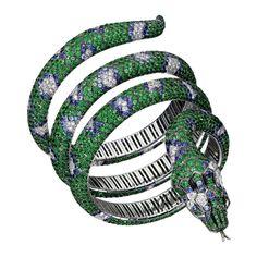 Boucheron-Python Bracelet with 700 tsavorites, 440 sapphires and 120 diamonds in white gold. Bracelet Serpent, Snake Bracelet, Snake Jewelry, High Jewelry, Animal Jewelry, Jewelry Accessories, Jewelry Design, Jewellery, Emerald Bracelet