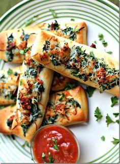 Spinach & Sun Dried Tomato Cheesy Breadsticks