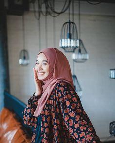 hijaber elegan #muslimfashion Muslim Fashion, Hijab Fashion, Hijab Tutorial, Hijab Outfit, Bodycon Dress, Sexy, Outfits, Dresses, Style