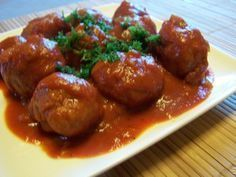 Recipe boulettes de viande, sauce tomate et pomme de terre by , learn to make this recipe easily in your kitchen machine and discover other Thermomix recipes in Viandes. Meatloaf Recipes, Meat Recipes, Slow Cooker Recipes, Appetizer Recipes, Crockpot Recipes, Cooking Recipes, Healthy Recipes, Meatball Recipes, Healthy Meals