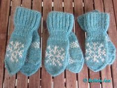 Ravelry: Frosen leikskóla vettlingar pattern by Buffalo Ása Baby Mittens, Crochet Mittens, Mittens Pattern, Knitted Gloves, Knit Crochet, Knitting Charts, Baby Knitting Patterns, Knitting Yarn, Free Knitting