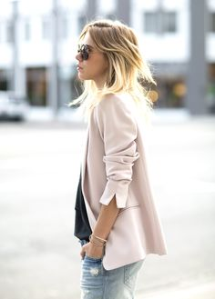 Reese + Riley pink boyfriend blazer as seen on always judgin
