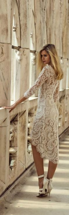 Een kanten jurk!