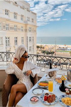 These items will be stolen by hotel guests at the most – luxury life Boujee Aesthetic, Summer Aesthetic, Travel Aesthetic, Aesthetic Pictures, Luxury Lifestyle Women, Rich Lifestyle, Lifestyle Blog, Vogue Magazin, Foto Glamour