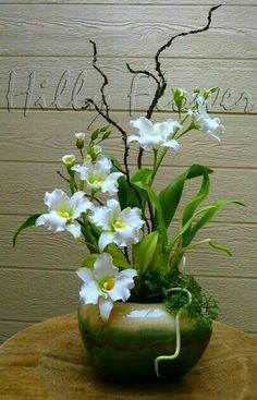 Hilly Flower - Custom and Hand-made Clay Flowers Orchid Flower Arrangements, Creative Flower Arrangements, Ikebana Flower Arrangement, Ikebana Arrangements, Beautiful Flower Arrangements, Flower Vases, Beautiful Flowers, Ceramic Flowers, Clay Flowers