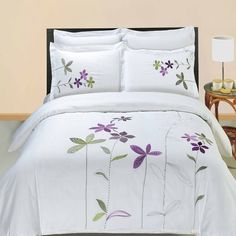 Modern Hotel Style Purple White Embroidered Floral Duvet Comforter Cover and Shams Set with Decorative Pillows. The bedding set is made of luxury 100 percent egyptian cotton for softness. Features embroidered purple and green flowers on a white backgrou Duvet Bedding, Comforter Cover, Duvet Cover Sets, Cover Pillow, Quilt Cover, Bedspread, Pillow Shams, Hotel Style Bedding, Luxury Bedding