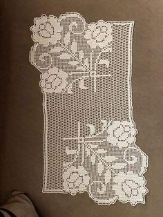 Filet Crochet, Crochet Motif, Crochet Doilies, Crochet Flowers, Crochet Lace, Crochet Patterns, Crochet Table Runner Pattern, Crochet Placemats, Map Rug
