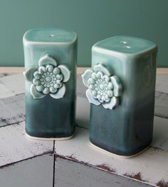 Porcelain Salt & Pepper Set