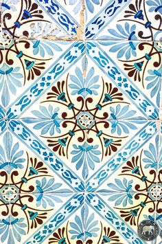 Beautiful azulejos in the steets of LIsbon