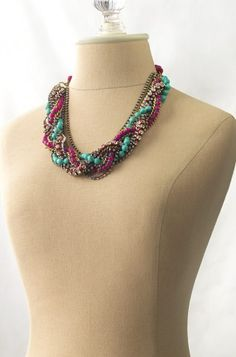 great chunky necklace. love the colors.  http://www.stelladot.com/sites/decadentdivajewelry