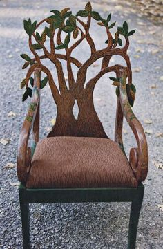 neat to take an old chair and cut out the back and stain. Could even etch lines in the bark. Funky Furniture, Unique Furniture, Painted Furniture, Furniture Design, Furniture Chairs, Furniture Outlet, Garden Furniture, Tree Chair, Crazy Home