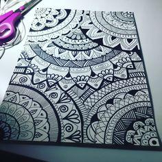 Mandala Doodle, Mandala Drawing, Doodle Patterns, Zentangle Patterns, Zentangles, Doodle Drawings, Doodle Art, Dibujos Zentangle Art, Sharpie Art