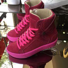 Hardcore Footwear  Exclusivo por Whtas  11.9.3013.8919  www.hardcorefootwear.com.br  #winter15 #prefall #hardcorefootwear #sneaker #sneakerhead #hardcoreteam #teamhardcorefootwear #hardcoreladies #sportchic #activewear  55.11.9.3013.8919