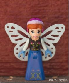 LEGO Minifigure Fairy LEGO Hack ~ Mama Smiles - Joyful Parenting #LEGO #LEGOhack #fairy #pretendplay Free Activities For Kids, Lego Activities, Educational Activities For Kids, Rainy Day Fun, Lego Minifigure, Toddler Play, Sensory Play, Childhood Education, Pretend Play
