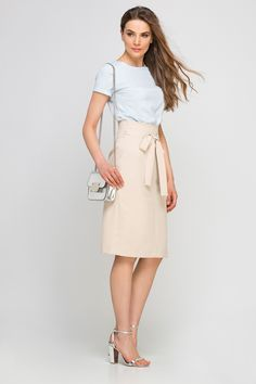 Looking for Pencil Skirts? Call off the search with our Pencil High Waisted Skirt, Beige. Shop unique fashion at SilkFred Unique Fashion, High Waisted Skirt, Beige, Boutique, Style Noir, Skirts, Model, How To Wear, Shopping
