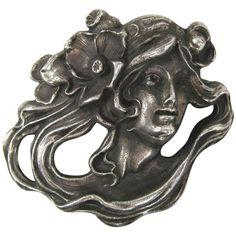 Art Nouveau Sterling Silver Portrait Brooch Pin Pendant 1920s of a woman 1