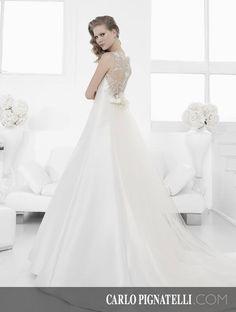 "Model ""Annabella"" - Fiorinda le spose di Carlo Pignatelli 2015. #carlopignatelli #sposa #bride #weddingdress #bridalgown #weddingday #matrimonio"