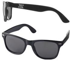 Trop cool la marque du temps Wayfarer, Ray Bans, Collection, Sunglasses, Style, Mens Sunglasses, Swag, Sunnies, Shades