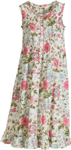 Rose Print Cotton Nightgown for Women. Such a beautiful gown for spring. Dame, Night Gown Dress, Vestidos Retro, Nice Dresses, Summer Dresses, Night Dress For Women, Nightgowns For Women, House Dress, Chic Dress