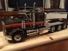 Western Star Trucks, Semi Trucks, Diecast Models, Plastic Models, Scale Models, Model Kits, Model Building, Cars, Big