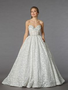 KleinfeldBridal.com: Pnina Tornai: Bridal Gown: 32835647: Princess/Ball Gown: Empire Waist