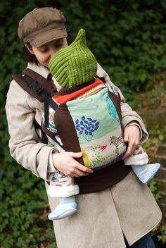 A home sewn soft-structured carrier alternative to an Ergo or Beco!  Genius.