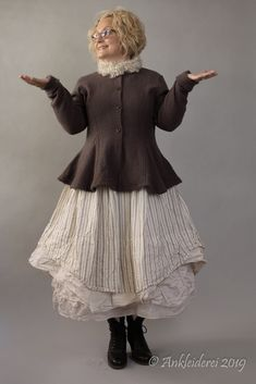 Ewa i Walla Jacket Boiled Wool Dark Lavender 66329 Mori Fashion, Diy Fashion, Fashion Outfits, Stylish Dress Book, Stylish Dresses, Bohemian Mode, Bohemian Style, Khadi, Boiled Wool Jacket