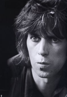 Keith Richards during an interview in London, 1974. http://25.media.tumblr.com/tumblr_mdadlrnxFZ1r6sispo1_500.png