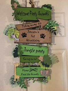 Jungle Party - Tips & Ideas for Children& Birthdays with Jungle Theme - Par . - Jungle party – tips & ideas for children& birthday parties with a jungle theme – party ga - Safari Theme Birthday, Jungle Theme Parties, Wild One Birthday Party, Safari Birthday Party, Birthday Board, Jungle Theme Cakes, Themed Parties, Dinosaur Birthday, Birthday Ideas