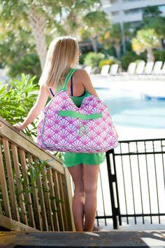 "Shelly Beach Bag - 22"" L x 8"" W x 12"" H"