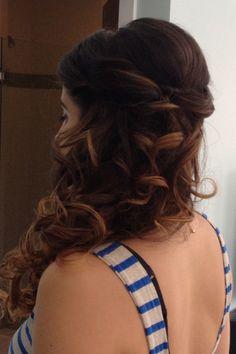 To the side. #weddinghairstyle #laurendecosimo #hyattplaceRiverhead