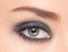 """Date Night: L'Oréal Paris Colour Riche """"Blue Haute Couture"""" compact. #colourriche"""