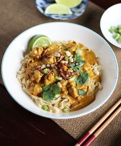 Egg Noodles with Rich Chicken Curry Sauce (Khao Soi)