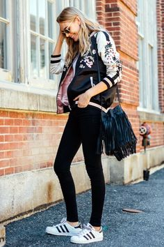 Fashion Style: Free People Models Off Duty Look Fashion, Fashion Outfits, Womens Fashion, Fashion Trends, Street Fashion, Embroidered Bomber Jacket, Look Boho, Looks Street Style, Models Off Duty