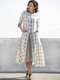 Ivory Grey Front Open Hand Woven Ikat Cotton Dress With Pockets - D197F812