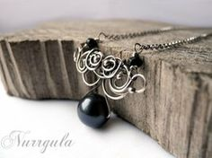 Black pearl silver necklace - gothic victorian by nurrgula