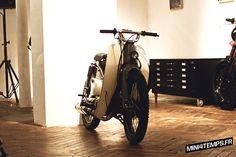 Le Honda Cub C50 de Dauphine-Lamarck