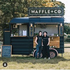 Food Cart Design, Food Truck Design, Catering Trailer, Food Trailer, Mobile Bar, Mobile Shop, Hy Citroen, Foodtrucks Ideas, Coffee Food Truck