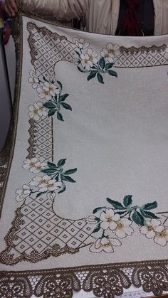 Lovely floral/roses cross stitch embroidered tablecloth in white linen from Sweden Cross Stitch Tree, Mini Cross Stitch, Cross Stitch Borders, Cross Stitch Patterns, Crochet Patterns, Sewing Stitches, Embroidery Stitches, Graph Paper Art, Free To Use Images
